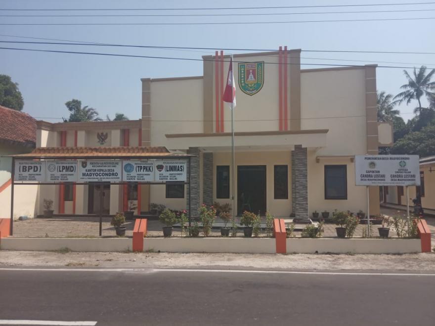 Image : Kantor Desa Madyocondro, Secang, Magelang 56195